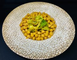 Garbanzos con verdura y berza