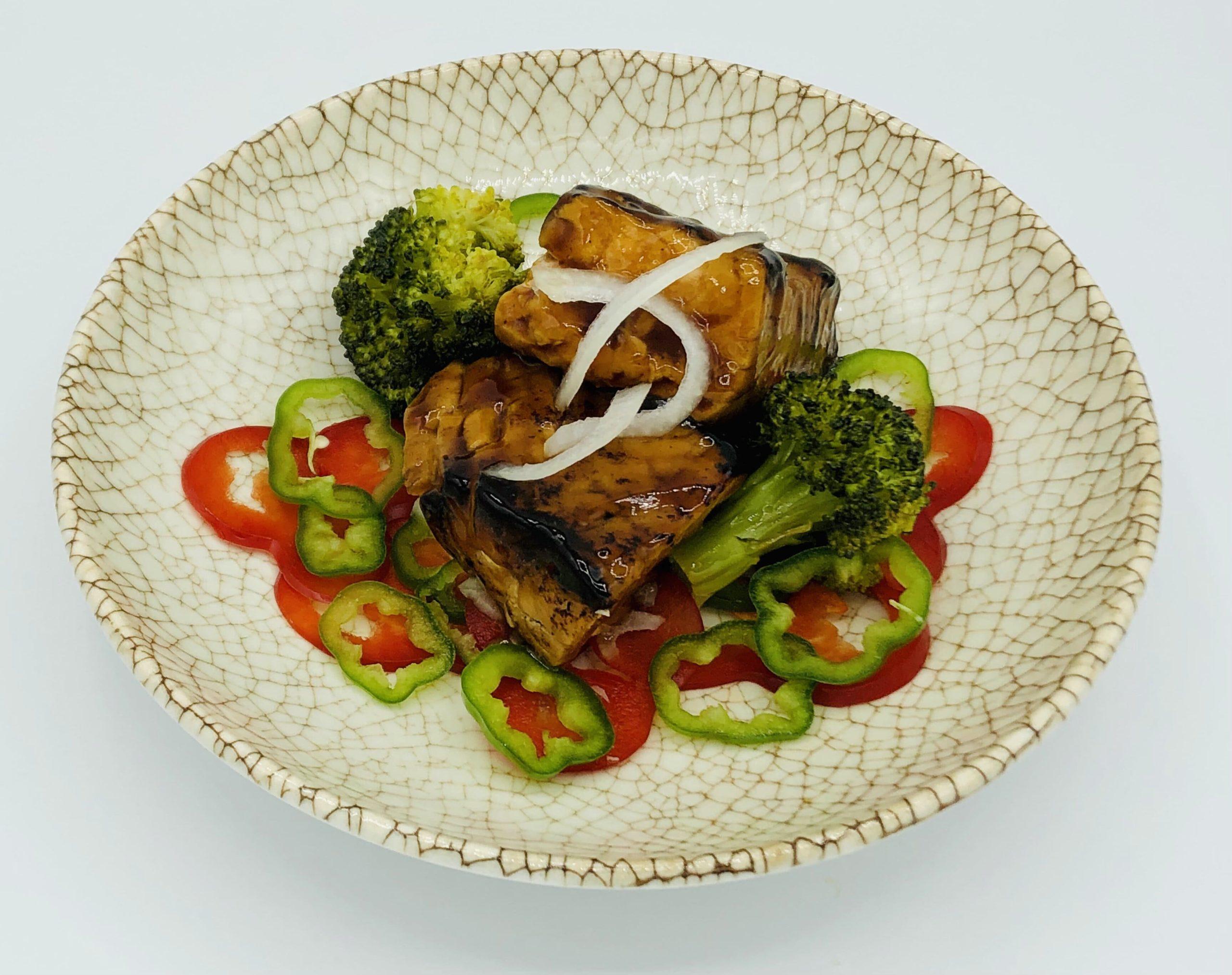 Salmón teriyaki con verduras